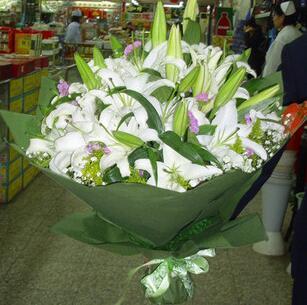 12枝白香水百合/清新