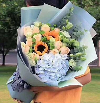 毕业送什么花?男朋友毕业该送什么花?女朋友毕业了送什么花?